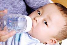 宝宝患肺炎了宝妈们应该怎样注意日常饮食?