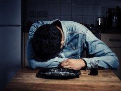 英国爆发孤独病这种病有哪些表现?