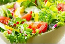 临近过年高血压病人应注意饮食的控制