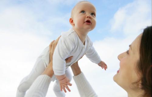 新生儿奶癣怎么办?中医治疗最安全