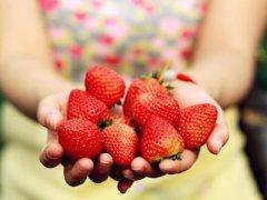 孕妇吃草莓时需要注意哪些事项