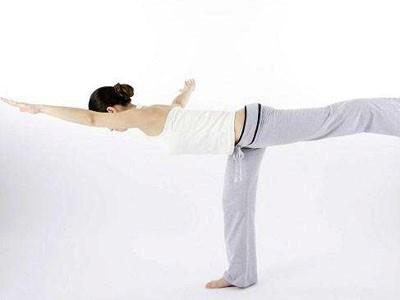 这瑜伽动作竟能快速瘦腿