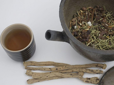 女人这样喝茶可以减肥 不妨试试