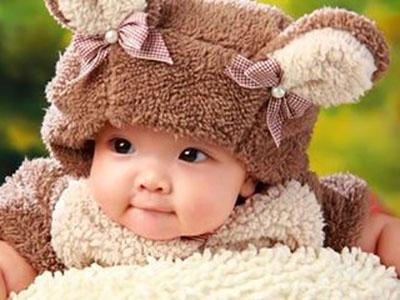 给新生宝宝穿衣服一定要注意这些细节
