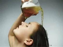 用啤酒洗头对头发真的有好处吗?