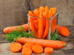 胡萝卜用这5种方式食用,好吃又营养