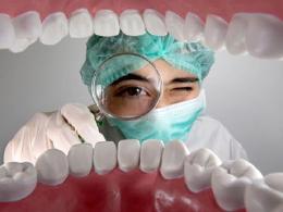 全国爱牙日:5个迹象提示你有牙龈疾病