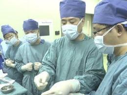 亚洲首例!在妈妈子宫内接受心脏手术的澳门葡京在线娱乐平台出生
