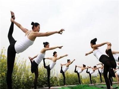 减肥瑜伽新兴的减肥方法